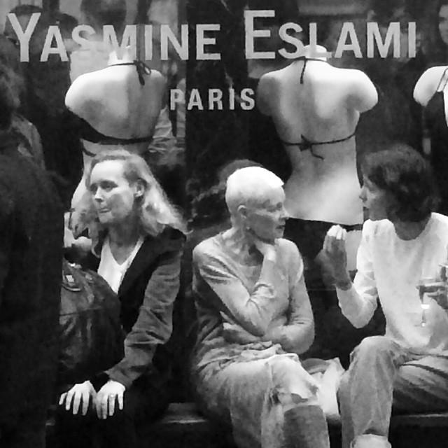 Dame  Vivienne Westwood chez Yasmine Eslami @yasmineeslami boutique opening #parisfashionweek