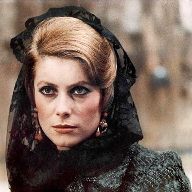 #tristana #bunuel #catherine #deneuve #catherinedeneuve #morticia #everyseason #dark #lady #senora #obscuridad
