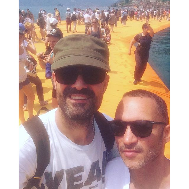 we made it #thefloatingpiers #christo @paullouisor #italia #worthwaiting3hours #floatingpiers