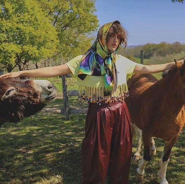 Innangelo Silk scarf featured in the last issue of @blancmagazine photographed by #melaniebordas styling by @maridavidstylist @innangelo #silk #scarves #foulard #bucolic #publicimagepr #innangelo #blancmagazine #print #magazine