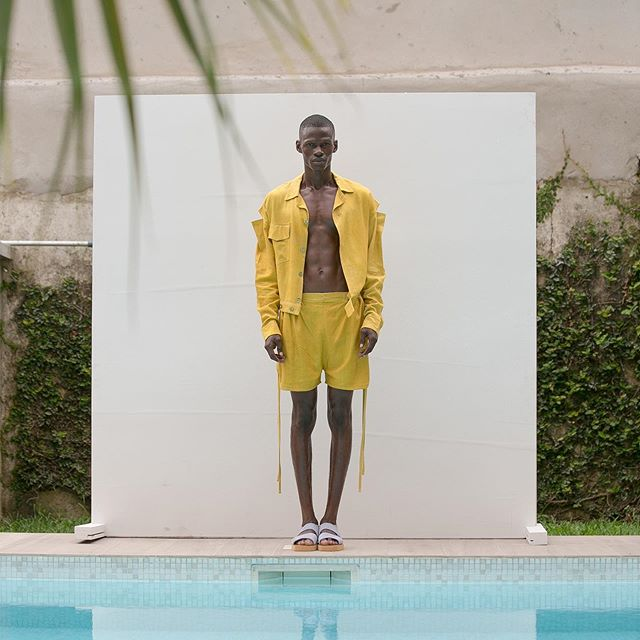 OLOOH Concept collection «Sunday» designed by Kader Diaby a former trained photographer is produced in Ivory Coast by local ateliers using organic fabrics and hand dyed in Abidjan @oloohconcept #oloohconcept #madeinafrica #organic #handmade #kaderdiaby #publicimagepr #designer #ss2020 #sustainablefashion