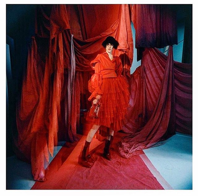Jiri Kalfar featured in the new issue of @vogueczechoslovakia styled by @albamelendo photographed by @gorkapostigo model @sarahbrannon #jirikalkar #vogue #vogueczechoslovakia #editorial #publicimagepr #red #blue #magazine #print @jirikalfar