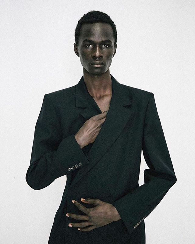 Malick Bodian is wearing a tailored jacket from EGONlab fall-winter 2020 collection NEW ORDER @malickbodi @egon_lab #malickbodian #egonlab #supermodel #frenchdesigner #frenchbrand #tailoring #independent #designer #pr #beautifulimages #publicimagepr #parisfashionweek